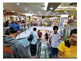 Travolator dari dan ke lantai LG ke BS1 di Mangga Dua Square