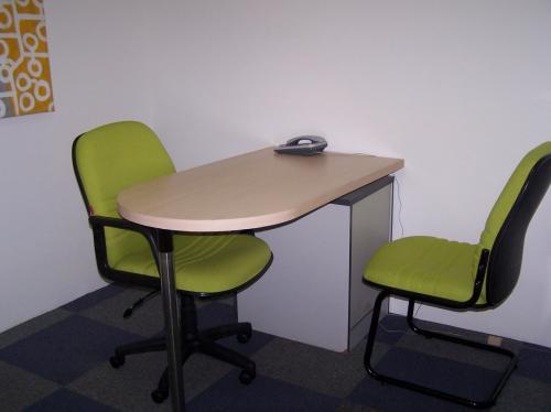 Cgreen ruang kantor graha mustika ratu ruang kantor for Small meeting room jakarta selatan