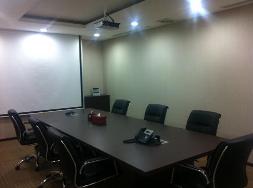 For Rent Sewa Ruang Kantor Ruang Meeting Di Jakarta